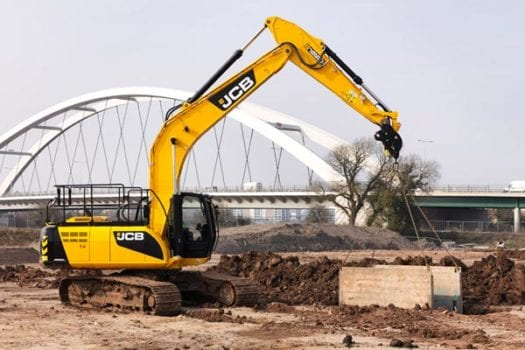 JCB JS 220LC Excavator 2