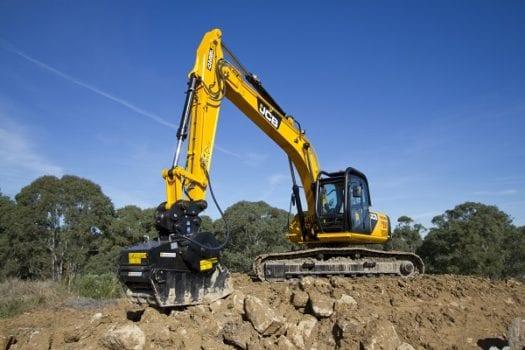 JCB JS 240LC Excavator - Hunter JCB | Excavators, Backhoes