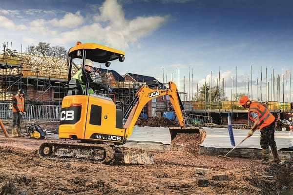 18Z-1-Mini-Excavator-for-sale-hire-4