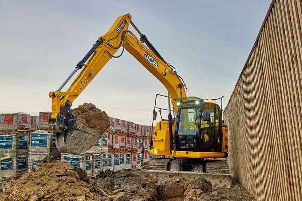 JCB-JZ140DLC-14-tonne-15-tonne-excavator-for-sale-3