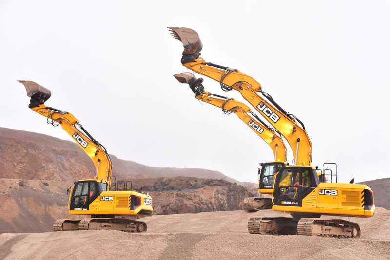 220X-Excavator-7